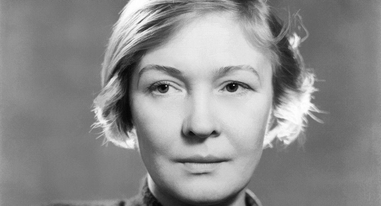 Поэтессе Ольга Берггольц